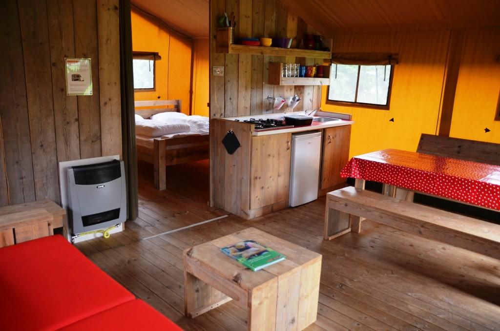 Safaritent op boerencamping 't Oortjeshek bij Woerden