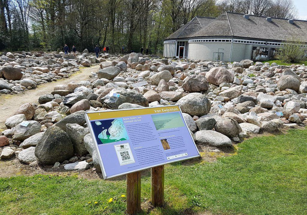 stenen hunebedcentrum borger