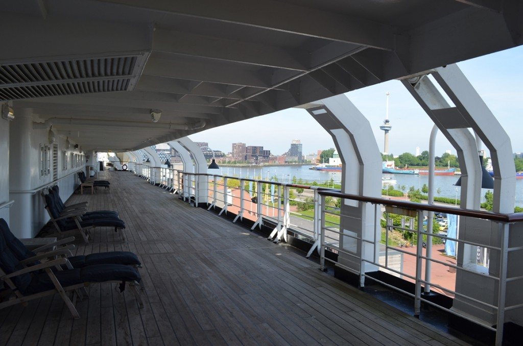 ss Rotterdam aan dek
